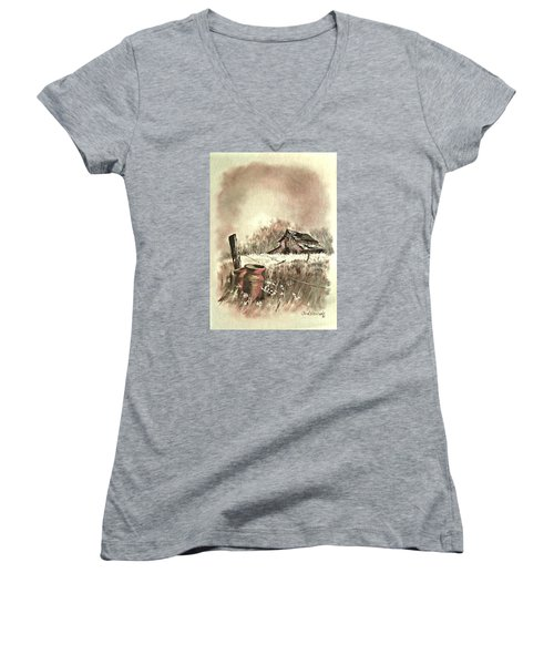 Autumn In View At Mac Gregors Barn Women's V-Neck T-Shirt (Junior Cut) by Carol Wisniewski