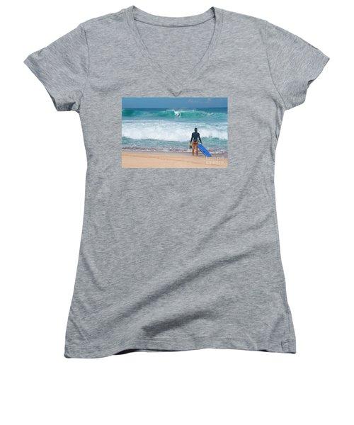 Banzai Pipeline Aqua Dream Women's V-Neck T-Shirt (Junior Cut) by Aloha Art