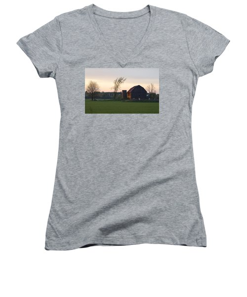 Barn At Dusk Women's V-Neck T-Shirt (Junior Cut) by David Porteus