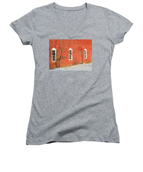 Women's V-Neck T-Shirt (Junior Cut) featuring the photograph Barnwall In Winter by Rodney Lee Williams