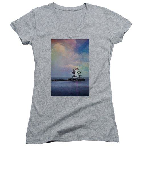 Women's V-Neck featuring the photograph Beacon Of Light by Dale Kincaid