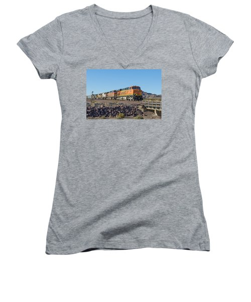 Women's V-Neck featuring the photograph Bnsf 7649 by Jim Thompson