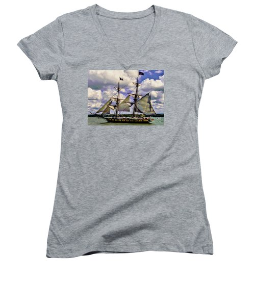 Brig Niagara IIi Women's V-Neck (Athletic Fit)