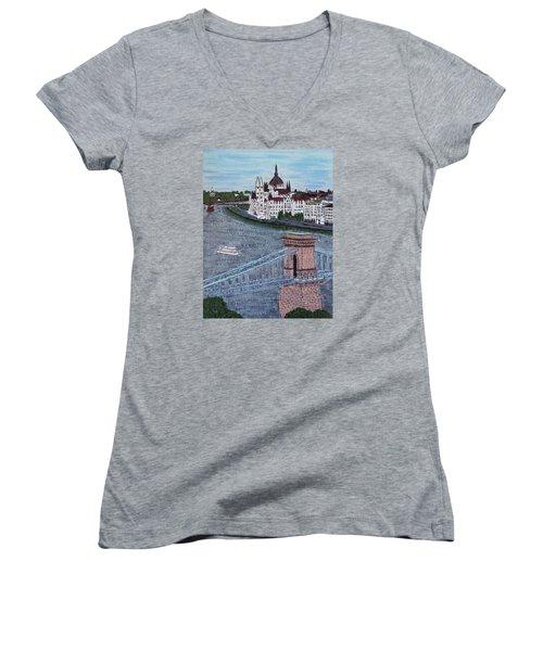Budapest Bridge Women's V-Neck T-Shirt