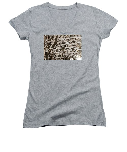 Camouflaged Thrush Women's V-Neck