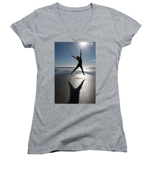 Carpe Diem Women's V-Neck T-Shirt