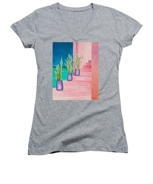 Casa Rojas Women's V-Neck T-Shirt