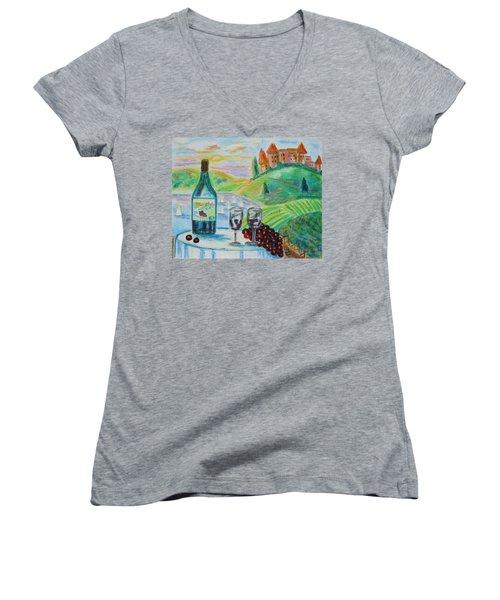 Chateau Wine Women's V-Neck T-Shirt