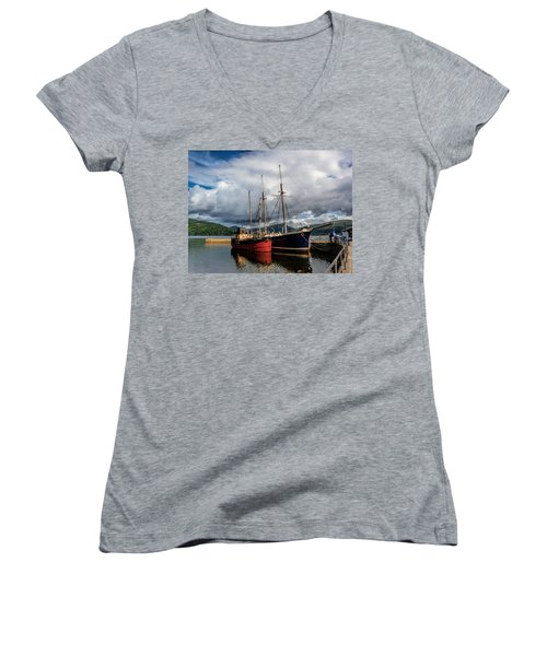 Clyde Puffer Women's V-Neck T-Shirt (Junior Cut) by Lynn Bolt