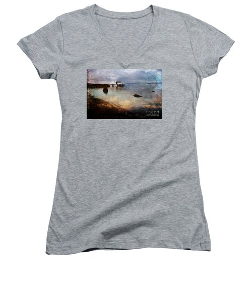 Coastal Path Women's V-Neck T-Shirt