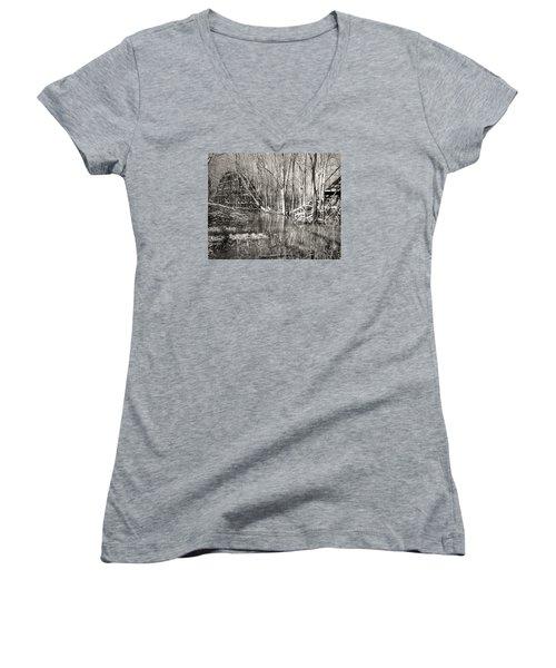 Coaster Reflections Women's V-Neck T-Shirt