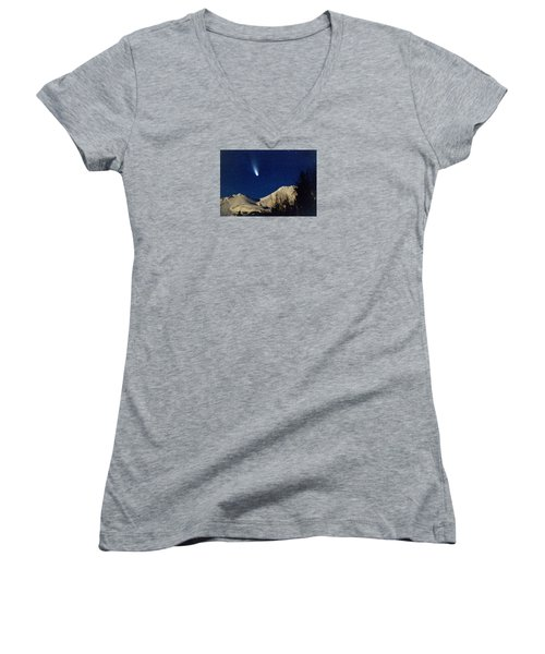 Comet Hale Bopp Rising Over Mount Shasta 01 Women's V-Neck T-Shirt