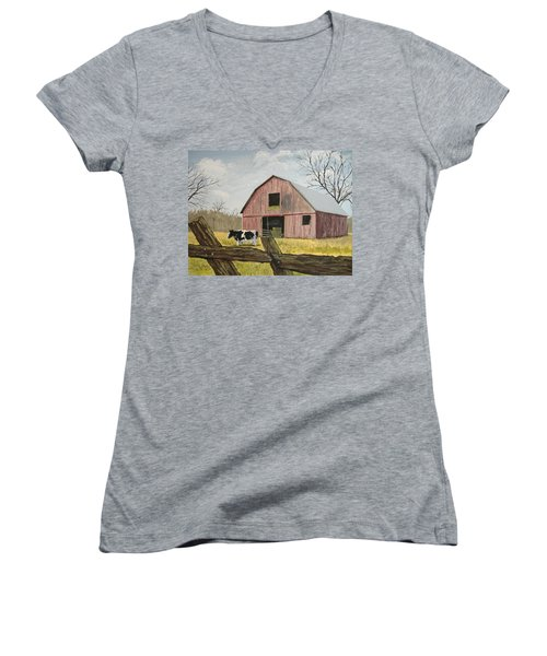 Cow And Barn Women's V-Neck (Athletic Fit)