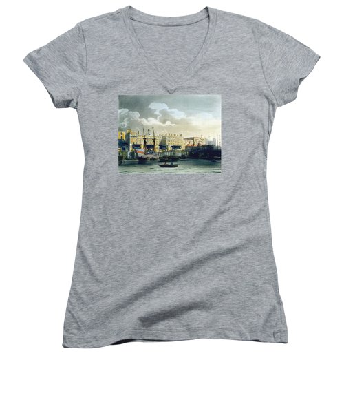 Custom House From The River Thames Women's V-Neck T-Shirt