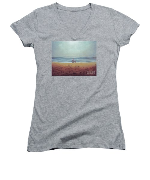 Daddy At The Beach Women's V-Neck (Athletic Fit)