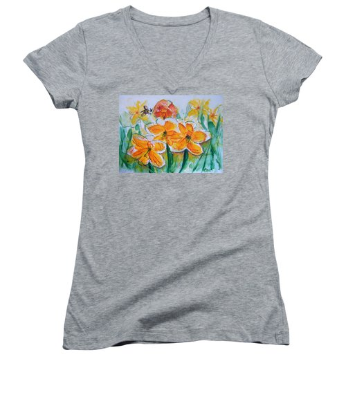 Daffies Women's V-Neck (Athletic Fit)