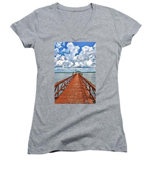 Daufuskie Pier Women's V-Neck T-Shirt (Junior Cut)