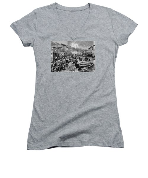 Deadwood South Dakota C. 1876 Women's V-Neck (Athletic Fit)