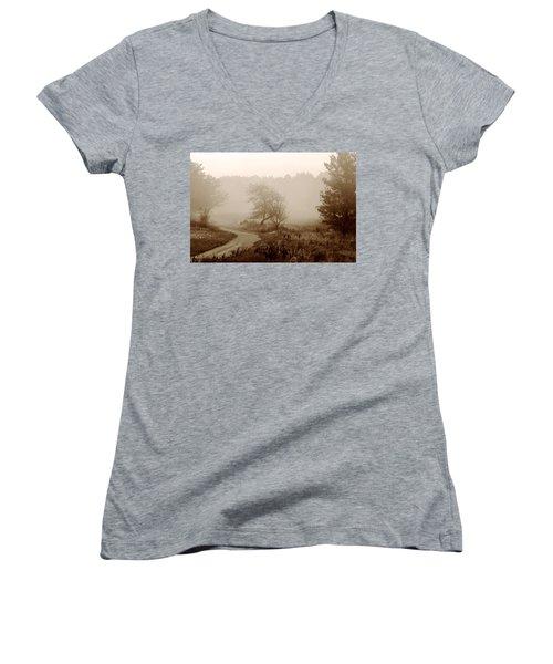 Desolation  Women's V-Neck T-Shirt