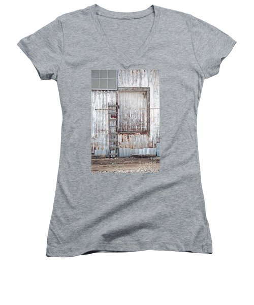 Door 1 Women's V-Neck T-Shirt