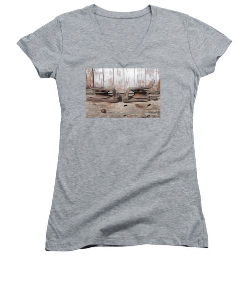 Double Pully Women's V-Neck T-Shirt