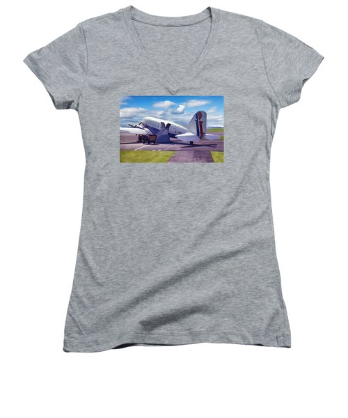 Douglas Dakota Dc3 Women's V-Neck (Athletic Fit)