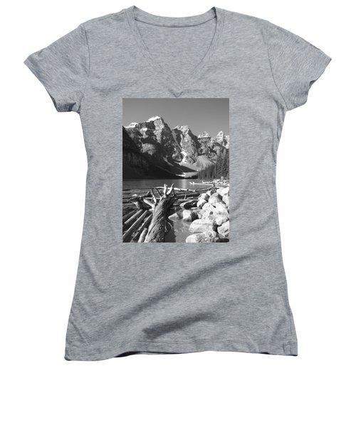 Driftwood - Black And White Women's V-Neck T-Shirt
