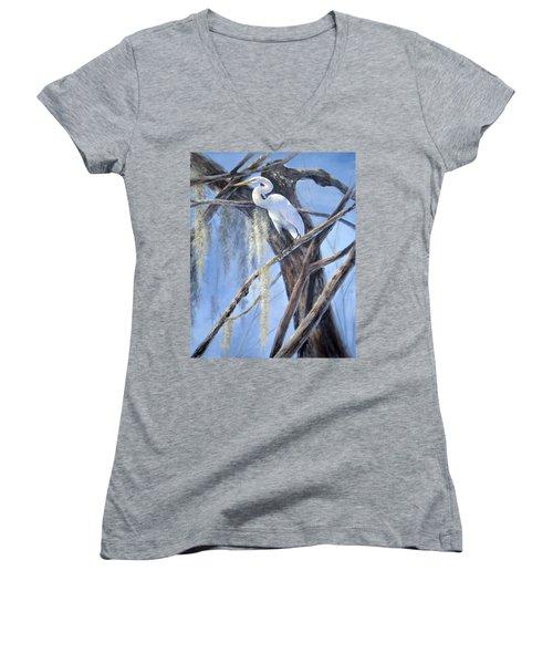 Egret Perch Women's V-Neck T-Shirt