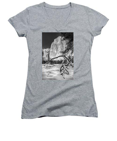 El Capitan I Women's V-Neck T-Shirt