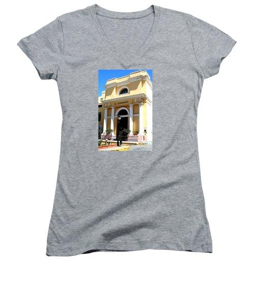 El Convento Hotel Women's V-Neck T-Shirt (Junior Cut) by The Art of Alice Terrill