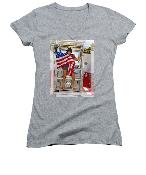 El Paso Drag20 Women's V-Neck T-Shirt