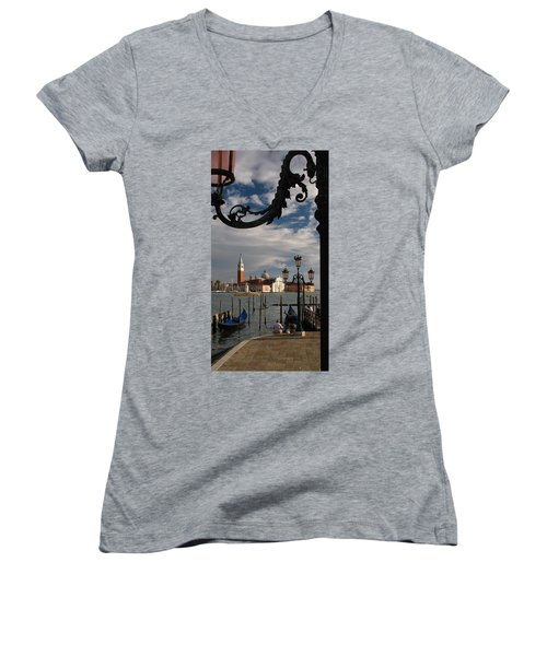 Elegant Lampost Women's V-Neck T-Shirt