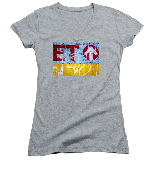 ET  Women's V-Neck T-Shirt