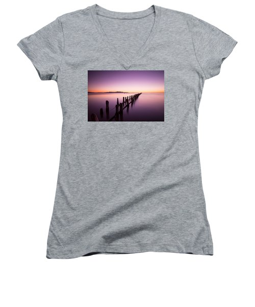 Fading Women's V-Neck