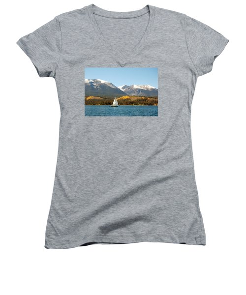 Fall In The Rockies Women's V-Neck T-Shirt (Junior Cut)
