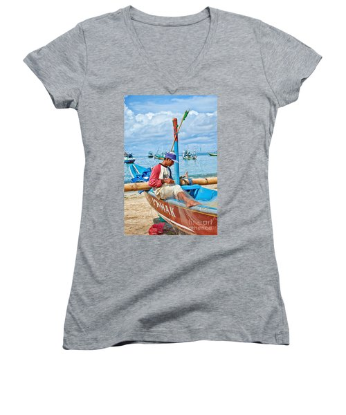 Fisherman Women's V-Neck