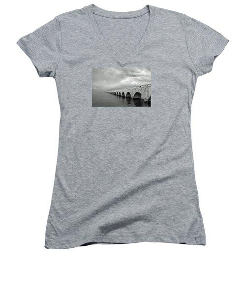 Florida Keys Seven Mile Bridge Black And White Women's V-Neck T-Shirt