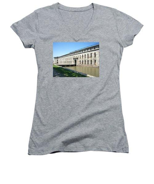 Fort Delaware Sally Port Entrance Women's V-Neck T-Shirt