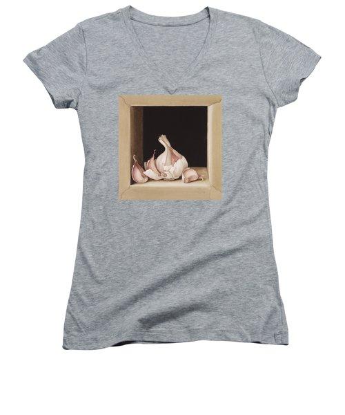 Garlic Women's V-Neck T-Shirt
