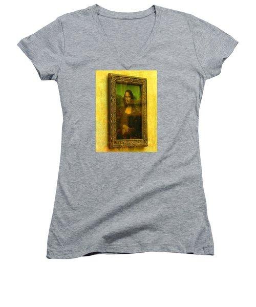 Glance At Mona Lisa Women's V-Neck (Athletic Fit)