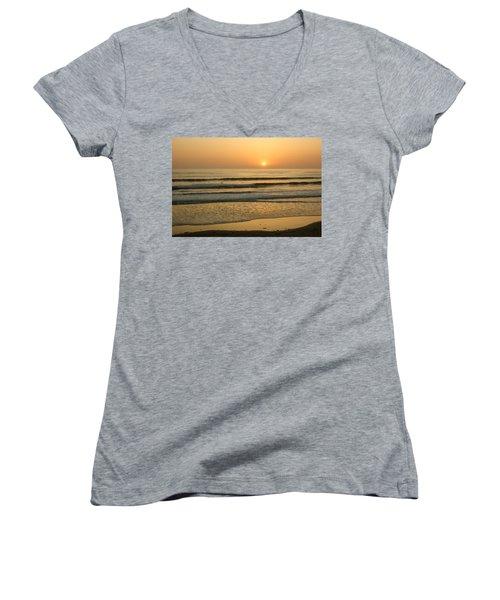 Golden California Sunset - Ocean Waves Sun And Surfers Women's V-Neck