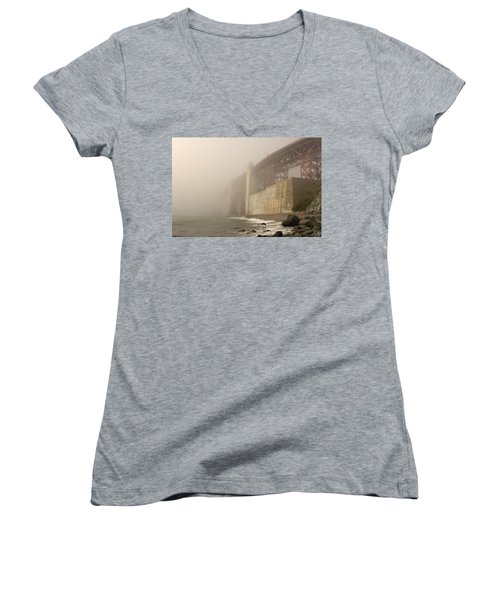 Golden Gate Superfog Women's V-Neck
