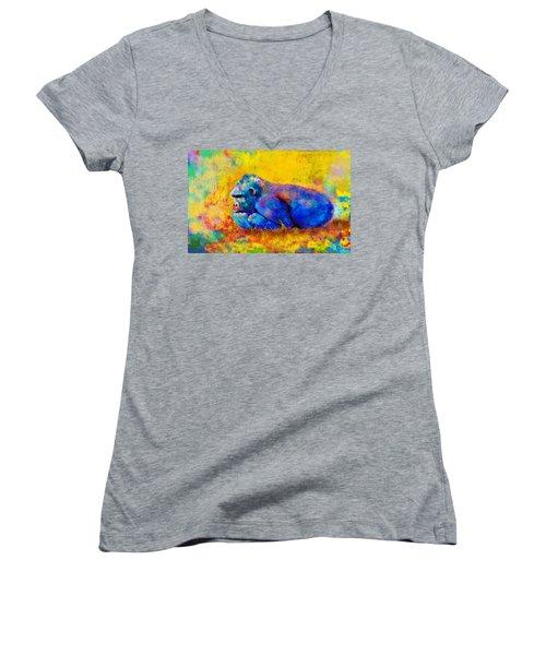 Gorilla Women's V-Neck T-Shirt