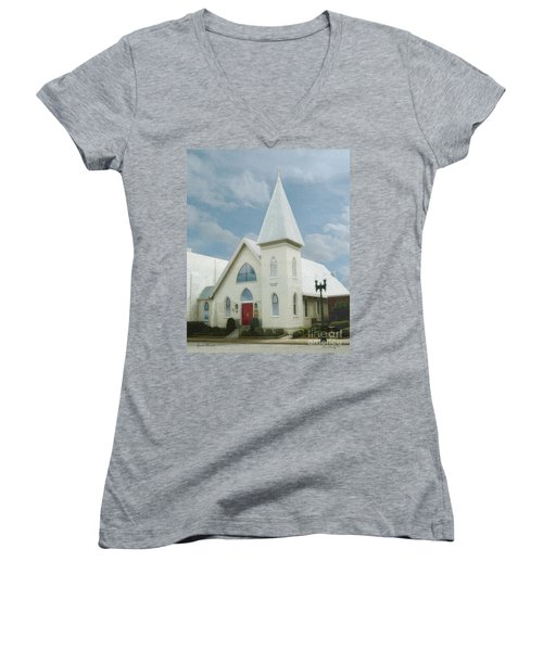 Grace Church Women's V-Neck