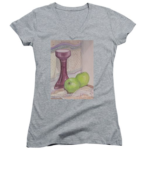 Green Apples Women's V-Neck T-Shirt (Junior Cut)