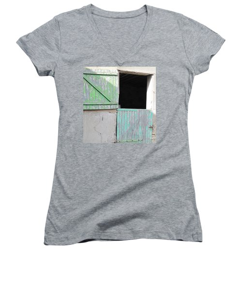 Green Stable Door Women's V-Neck