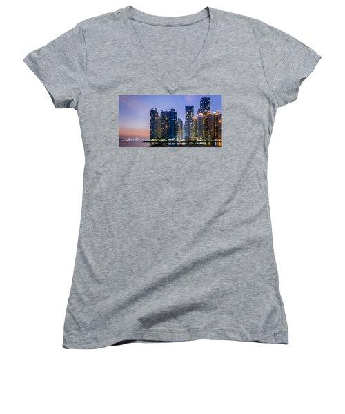 Haeundae Women's V-Neck T-Shirt