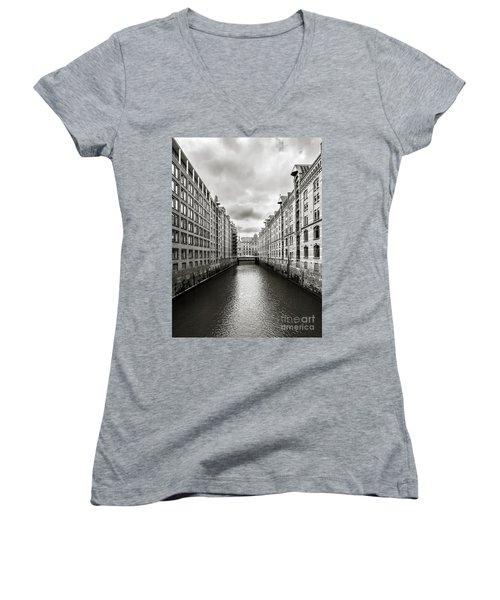 Hamburg Speicherstadt Women's V-Neck T-Shirt (Junior Cut) by Daniel Heine