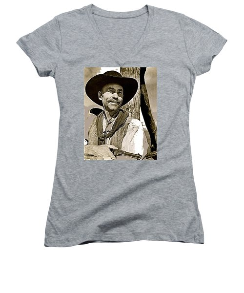 Hank Worden Publicity Photo Red River 1948-2013 Women's V-Neck T-Shirt (Junior Cut) by David Lee Guss