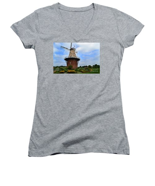 Holland Michigan Windmill Women's V-Neck (Athletic Fit)